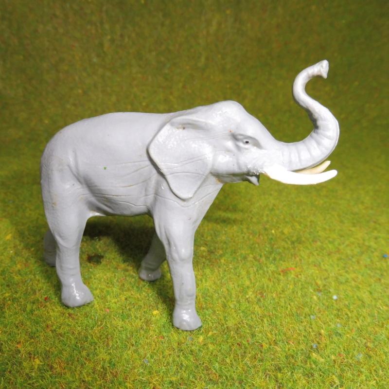 using WePAM paste to restore (or create!) figurines P1020421