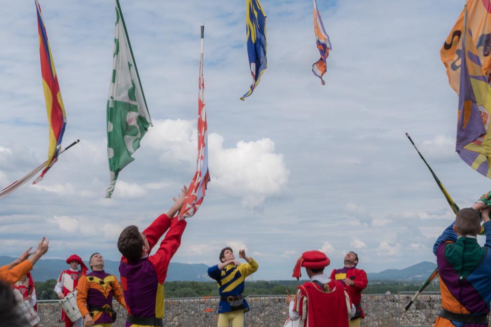 Lanceurs de drapeaux  Lanceu10