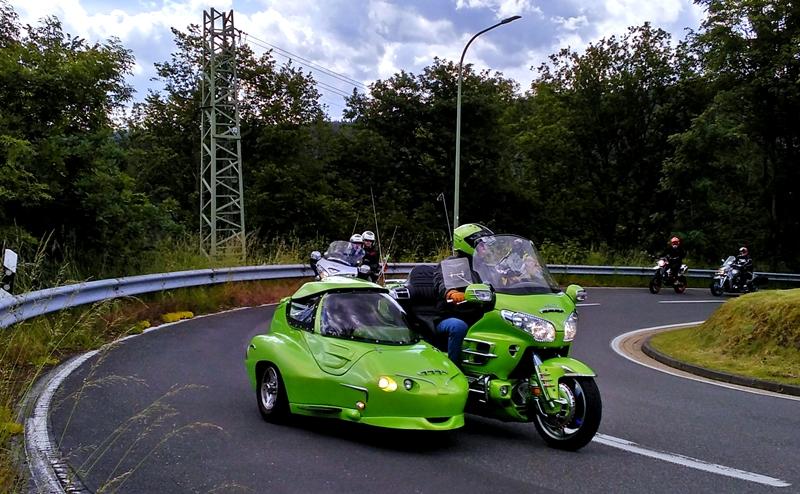 ¿HAY MOTOS POR LA PLAZOLETA? - Página 14 Motoca10