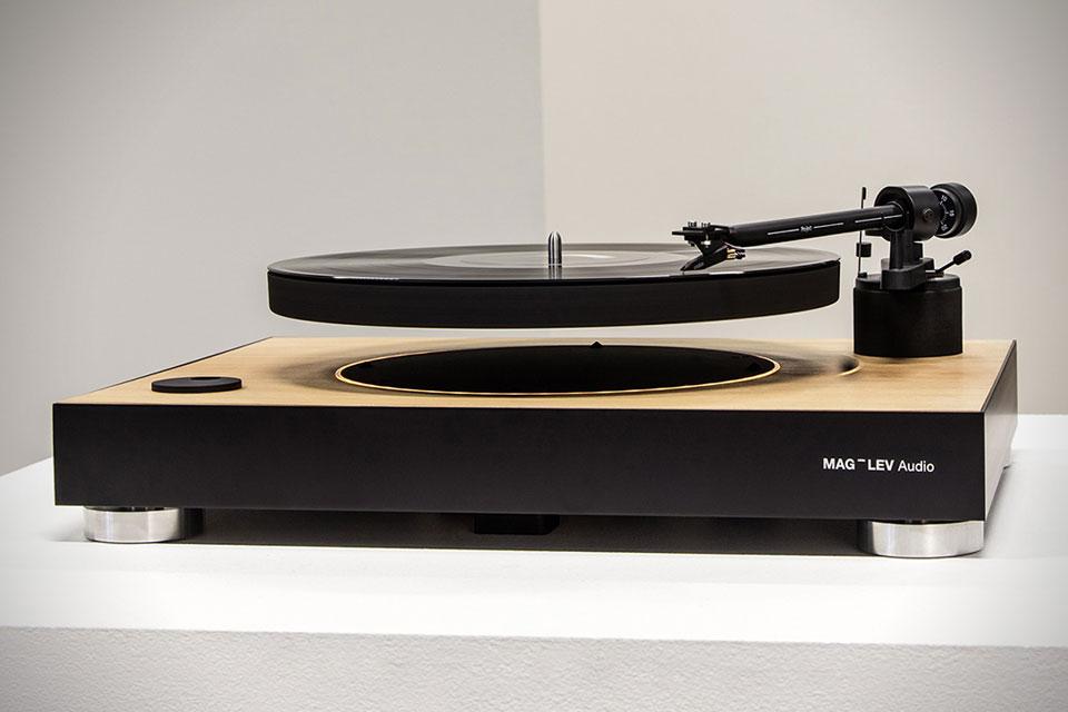 Vinyl-New(s) Mag-le10