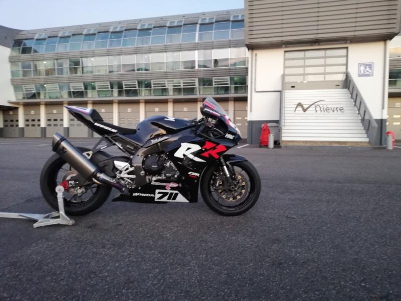 24H Motos... Ça sent la victoire pour la nouvelle HONDA CBR1000RRR Img_2136