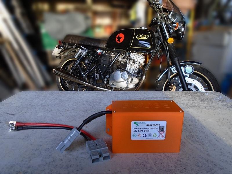 Les batteries compactes Lithium 03-boi10