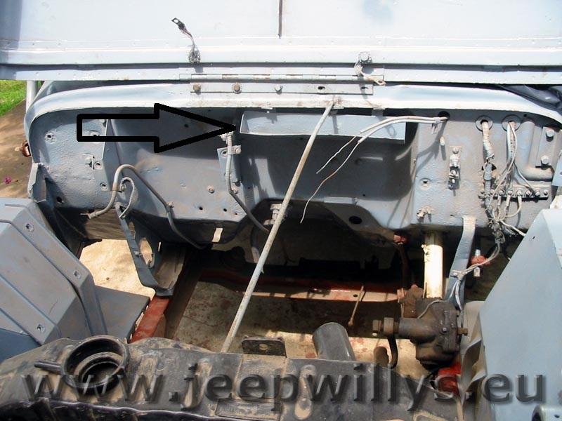 Jeep Willys en résine 3D au 1/26 et au 1/13 avec épave Caisse10