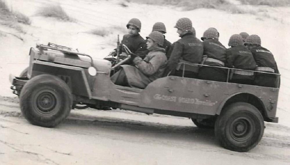 """JEEP US COAST GUARD """"Invader"""" SUR BASE ITALERI N° 6355 1/24  TERMINEE Jeep_u10"""