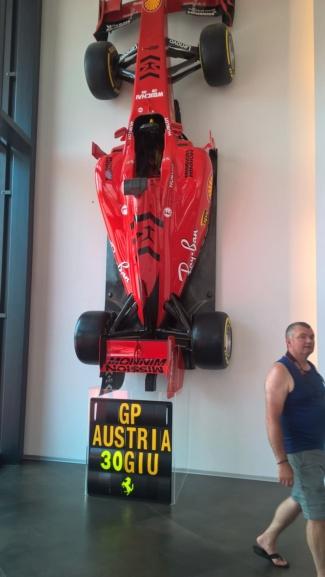 Les deux musées Ferrari de Modène - Page 2 Wp_20304