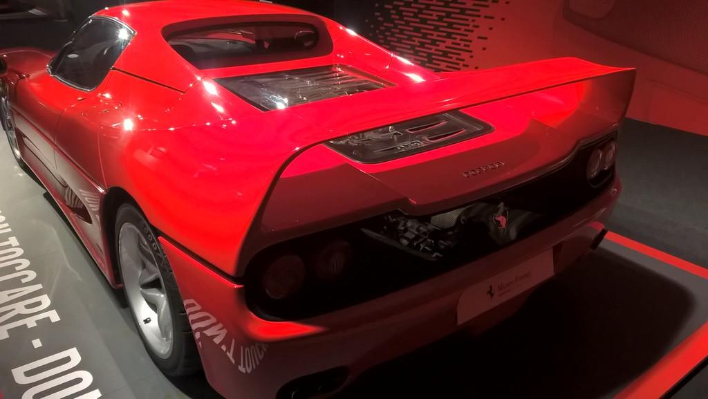 Les deux musées Ferrari de Modène - Page 2 Wp_20313