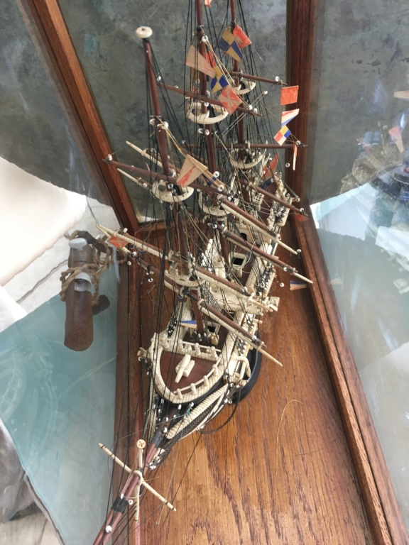 Navire inconnu Img-3315