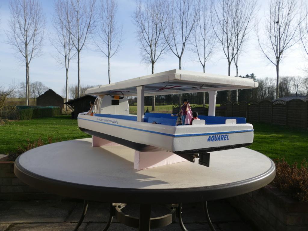 Bateau touristique solaire Aquarel (scratch navigant 1/10°) de Philippe53 P1110258