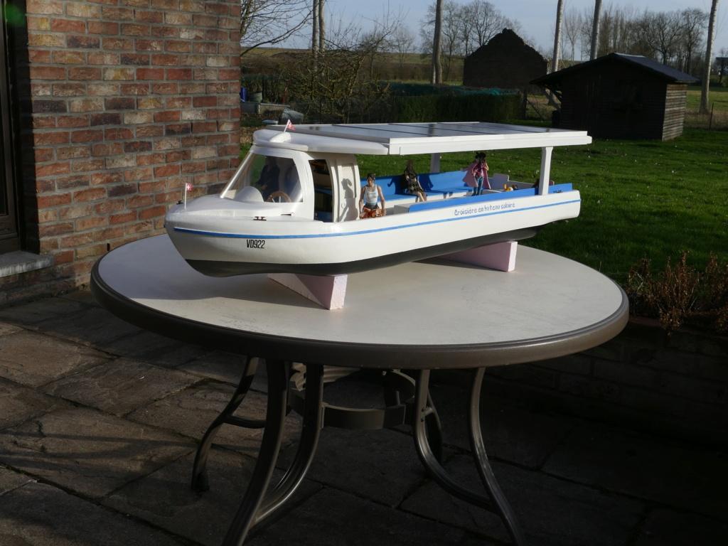 Bateau touristique solaire Aquarel (scratch navigant 1/10°) de Philippe53 P1110261