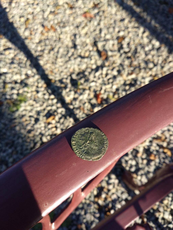 Monnaie romaine argent ou billon  Receiv11