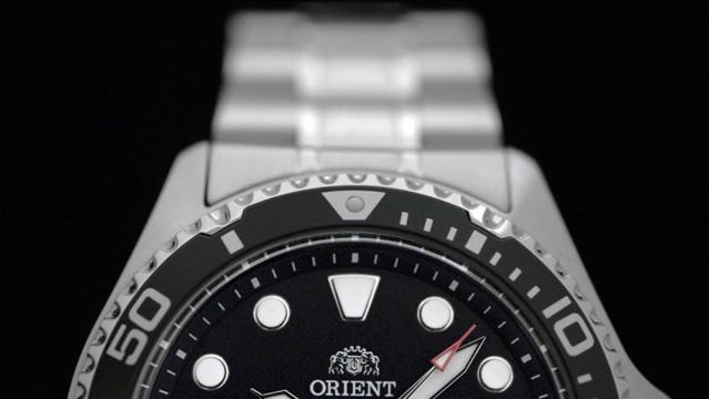 Revue Orient diver Ray Raven II  Black_12