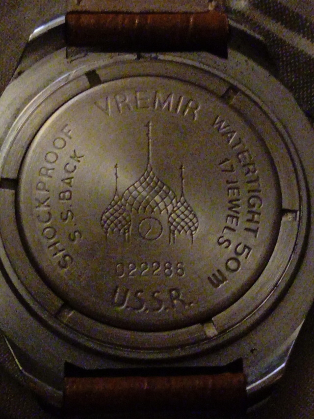 Vostok anniversaire 1917-1987 Img_2069