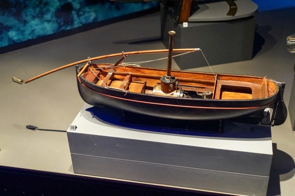 Identification d'un modèle - barque à vapeur Barque10