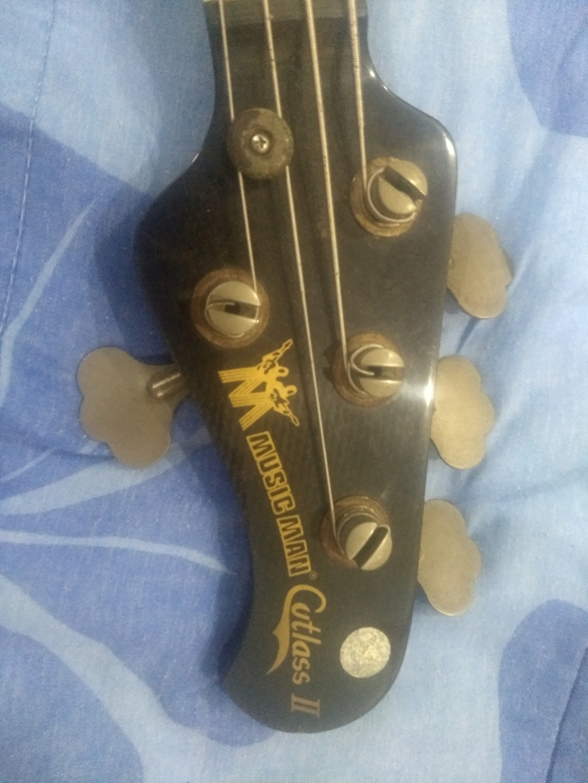 [VENDO] Music Man Cutlass II 1983 + hard case Music Man R$13.000,00 Img_2019
