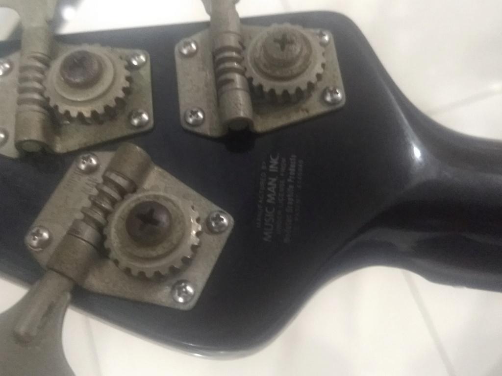 [VENDO] Music Man Cutlass II 1983 + hard case Music Man R$13.000,00 Img_2020