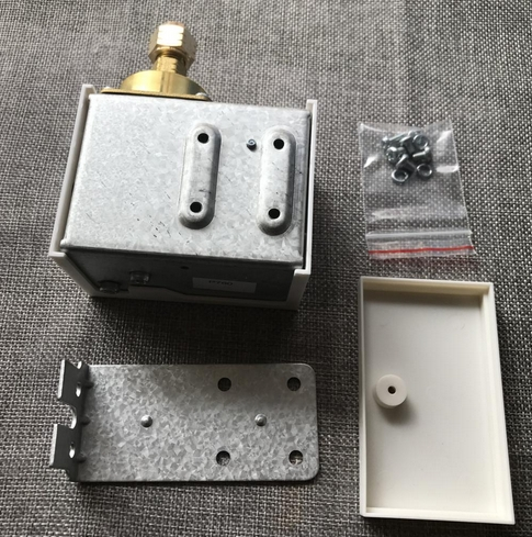 [Vendu] Vacuostat pour pompe à vide P_760-11