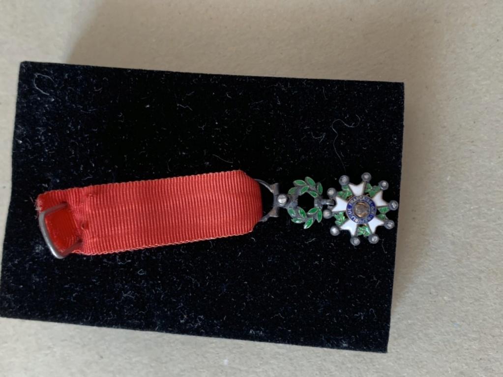 Légion d'honneur miniature  02c42a10
