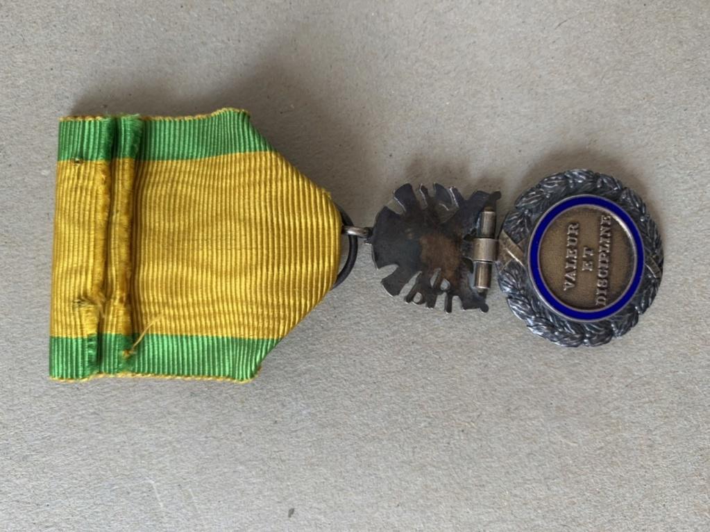 Médaille militaire datation ? 6377a210