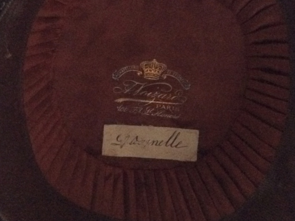 Bicorne ancien Fc56ab10