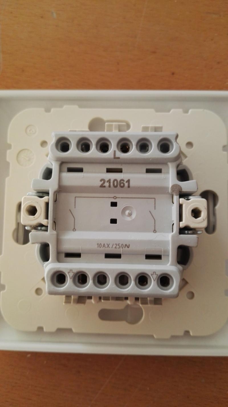 Branchement d'un interrupteur double Img_2083