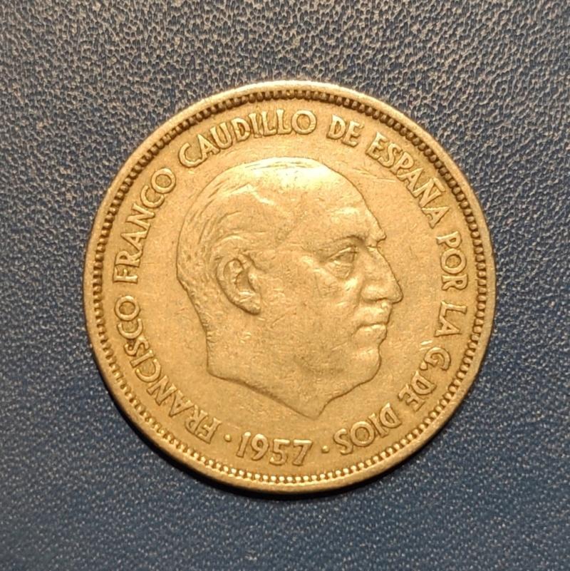 25 pesetas 1957 (*61). Estado Español. Opinión.  Img_2019