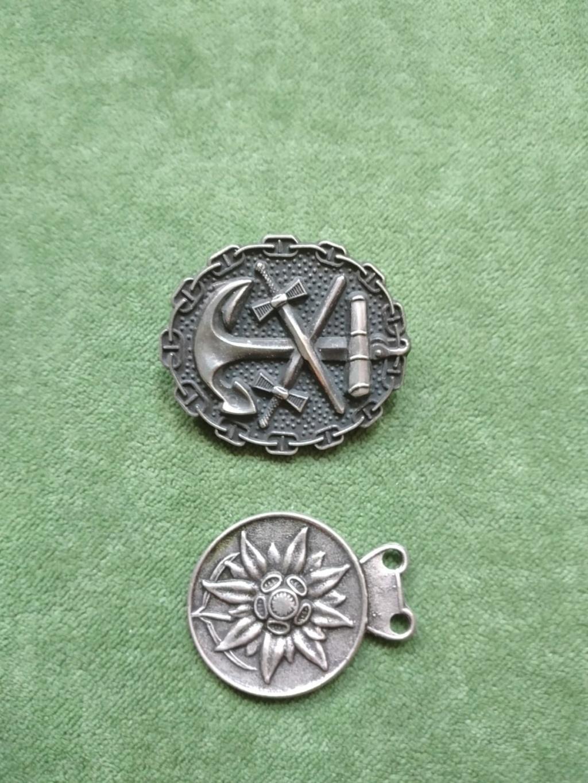 Identification médaille allemande Eismeerfront 1942 + 43 197e8e10