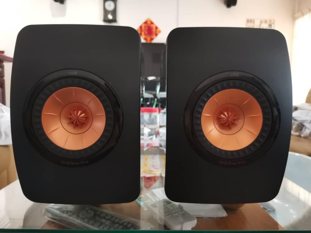 KEF LS50 speaker 466bc410