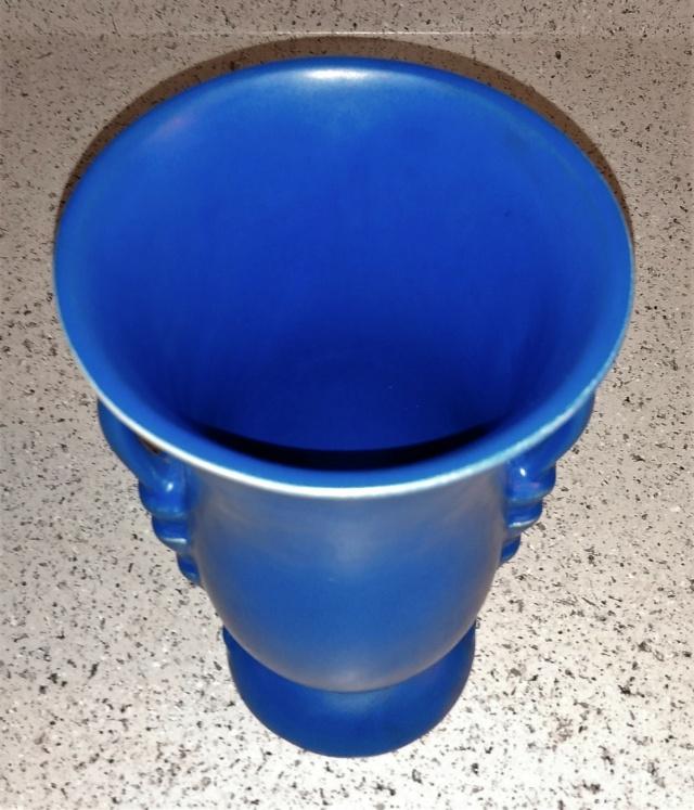 Help identifying a pottery vase. Camark, USA?  Img_2011