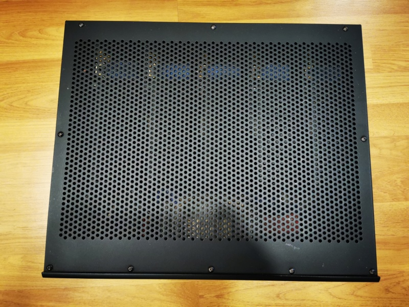 Adcom GFA 7500 5 Channels Amplifier Img_2051