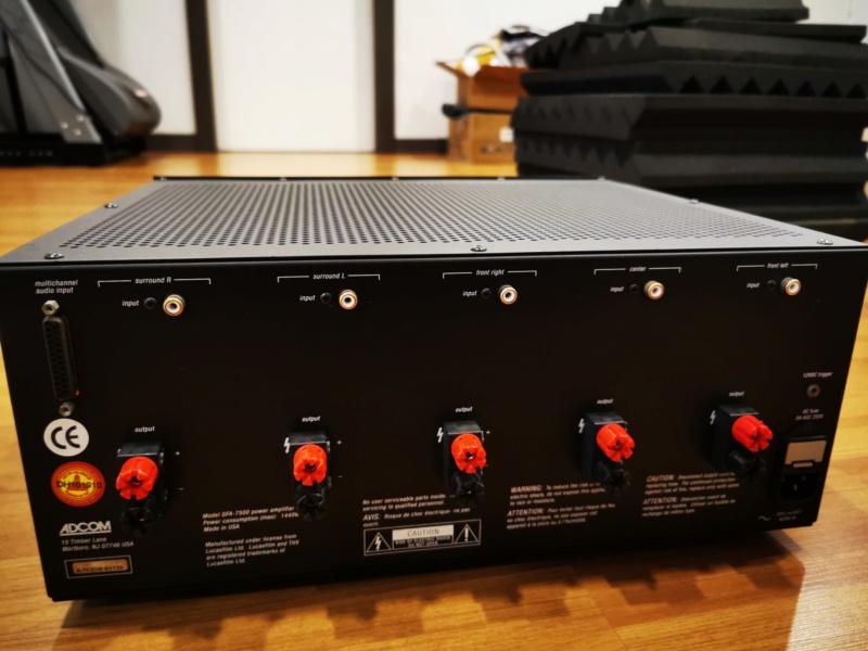 Adcom GFA 7500 5 Channels Amplifier Img_2052
