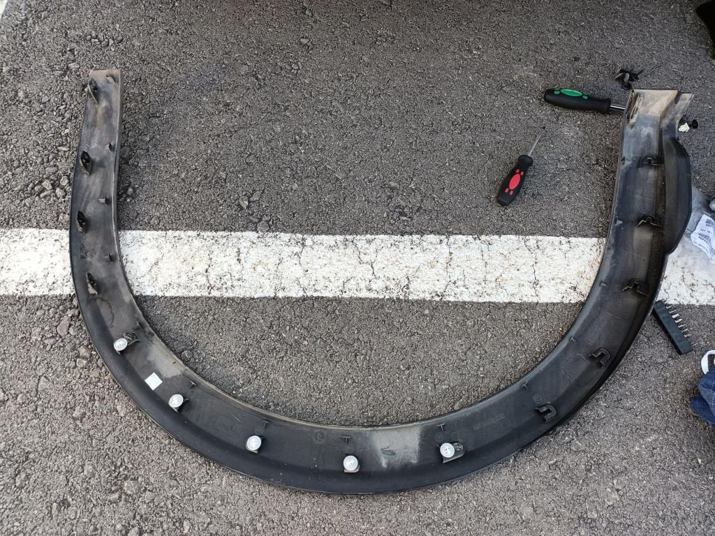 Desmontaje plástico paso de rueda Img20210