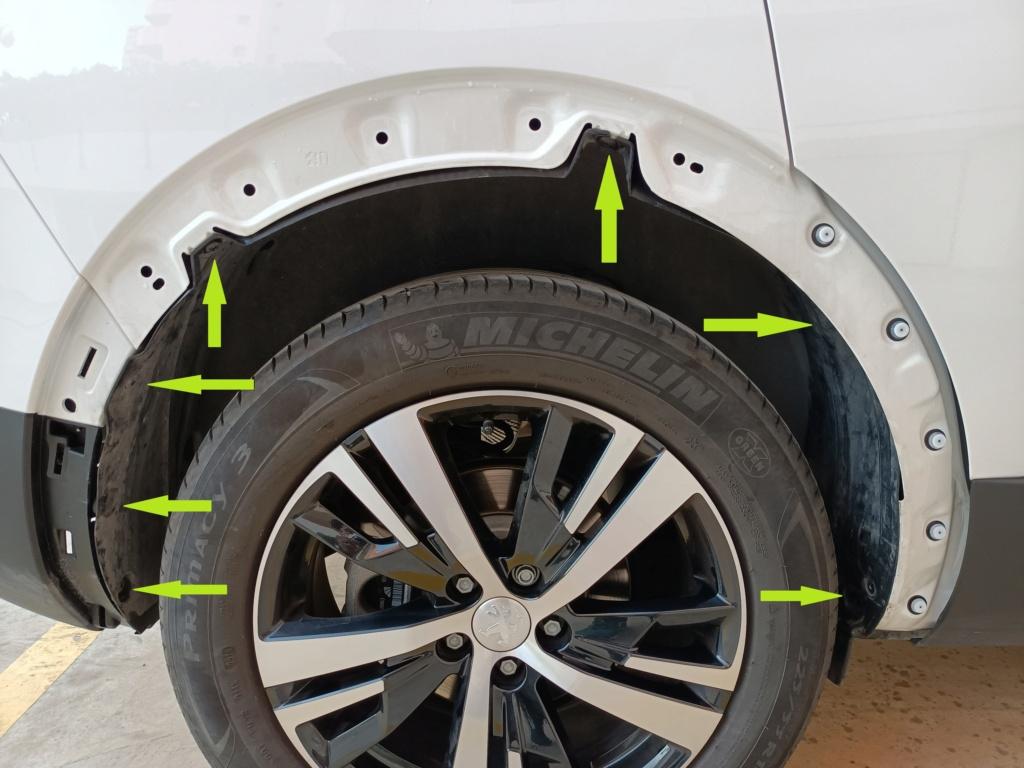 Desmontaje plástico paso de rueda Tornil10
