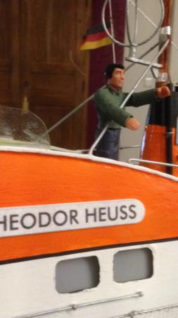 Theodor Heuss mit Tedje M 1:25 aus 1971 wieder aufbauen - Seite 16 B62e4410