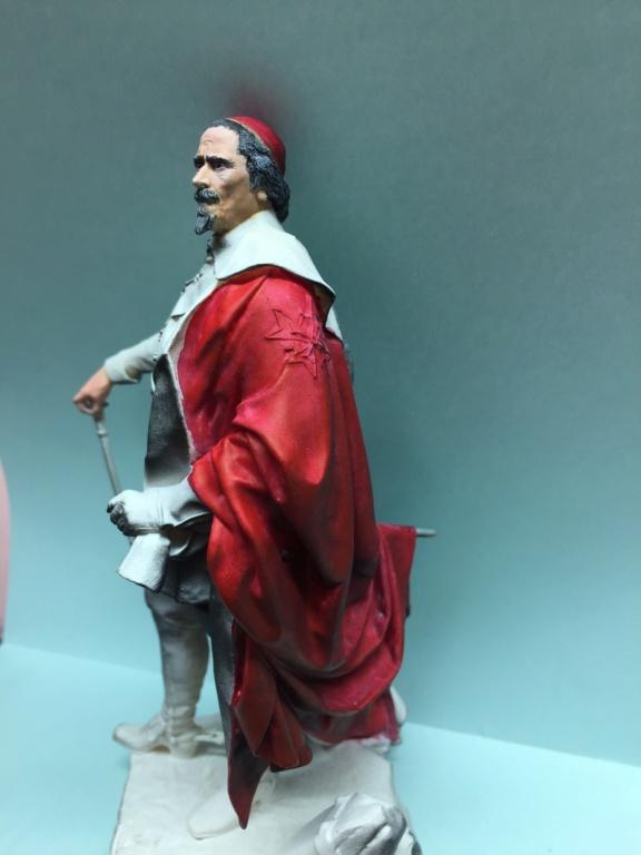 Armand Jean du Plessis Duc de Richelieu échelle libre Résine 3D ( 12cm ) Terminé Img_7010