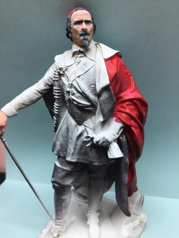 Armand Jean du Plessis Duc de Richelieu échelle libre Résine 3D ( 12cm ) Terminé Img_7011