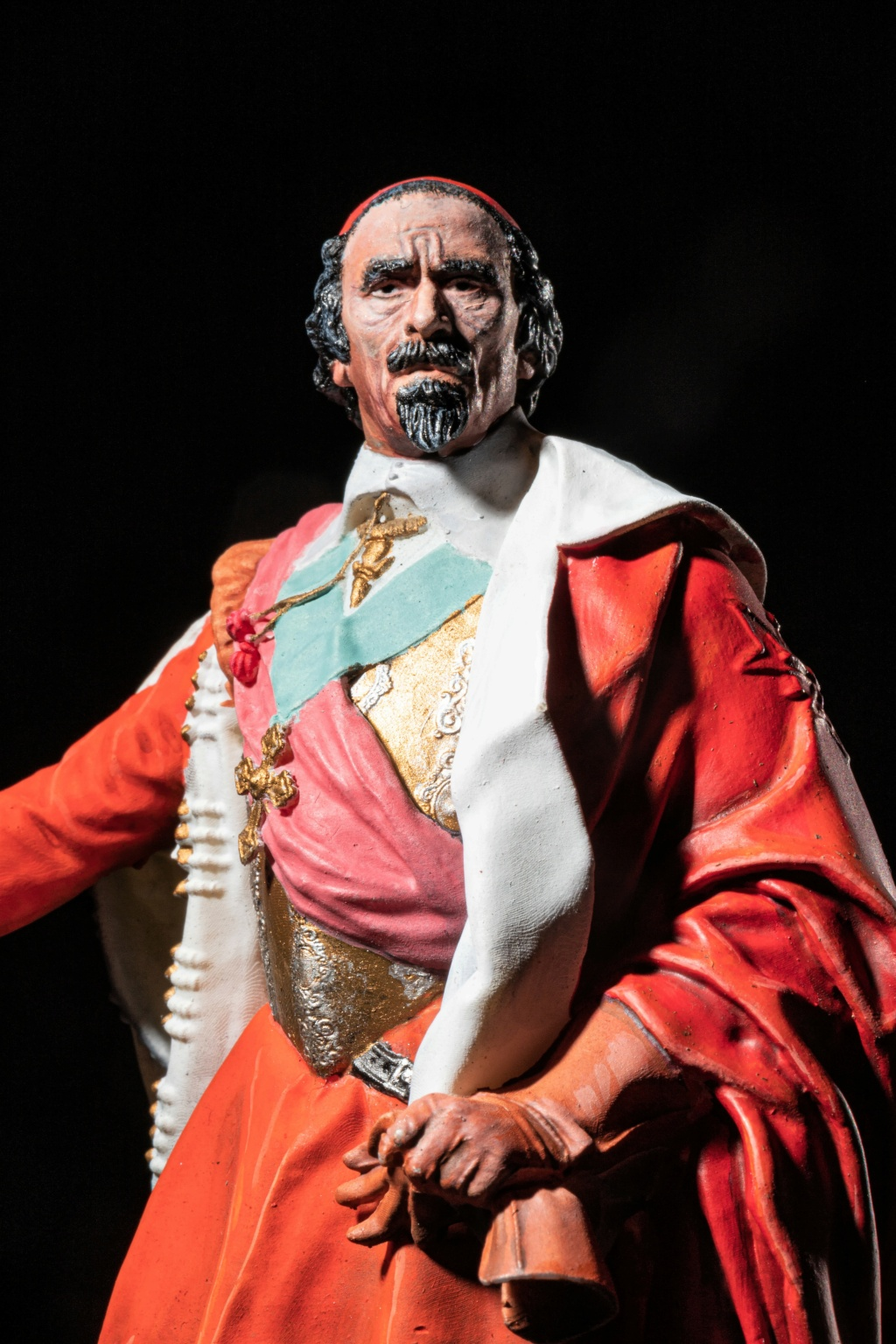 Armand Jean du Plessis Duc de Richelieu échelle libre Résine 3D ( 12cm ) Terminé - Page 2 Img_8413