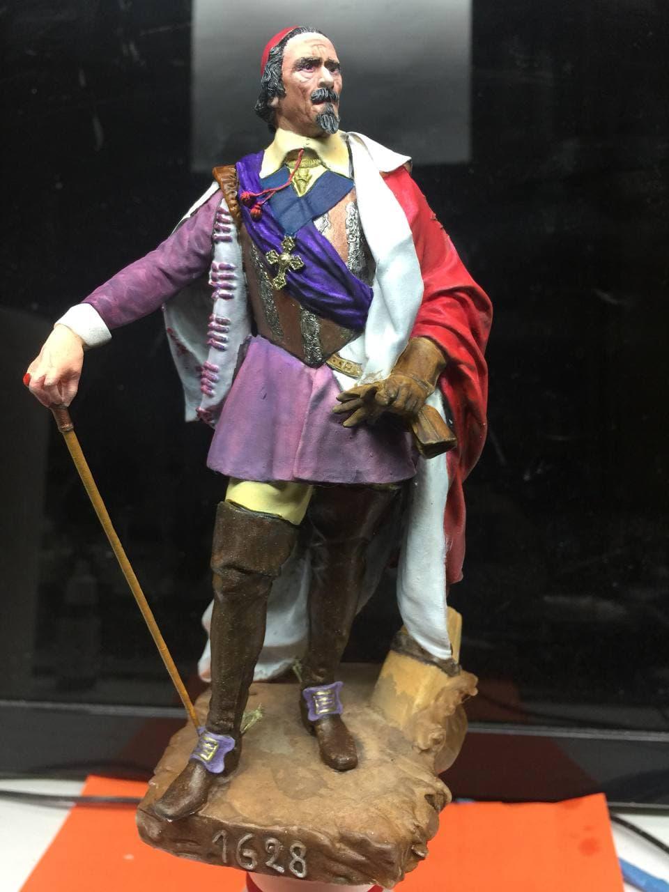 Armand Jean du Plessis Duc de Richelieu échelle libre Résine 3D ( 12cm ) Terminé Photo_14