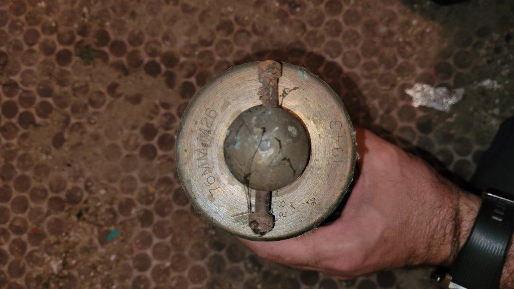 """Besoins d'aide pour identifier ce qui ressemble à des """"munitions"""" 20210913"""