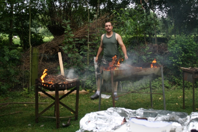 Garden Party ... - Page 2 Img_5323