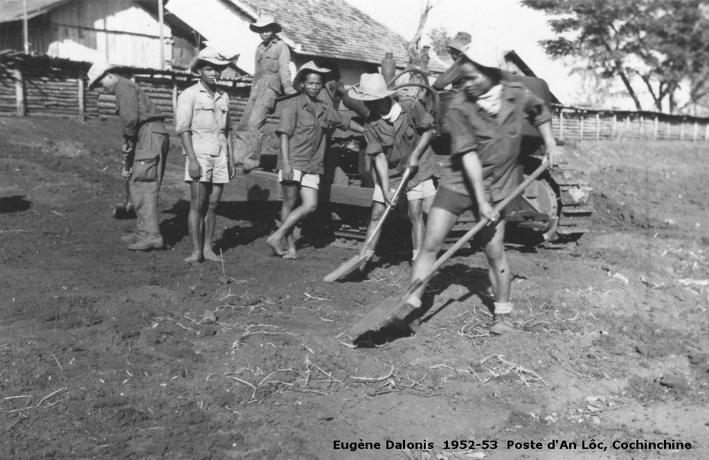 [Opérations de guerre] INDOCHINE - TOME 3 - Page 39 Daloni12