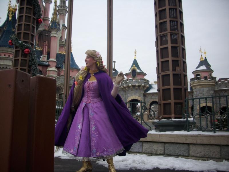 Le Noël Enchanté Disney (du 9 novembre 2012 au 6 janvier 2013) - Page 2 Dsci0117