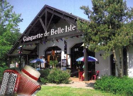 zq09. CHATEAUROUX - LA GUINGUETTE DE BELLE ISLE -Bar- Restaurant. Thé dansant, karaoké, belote  Chatea10