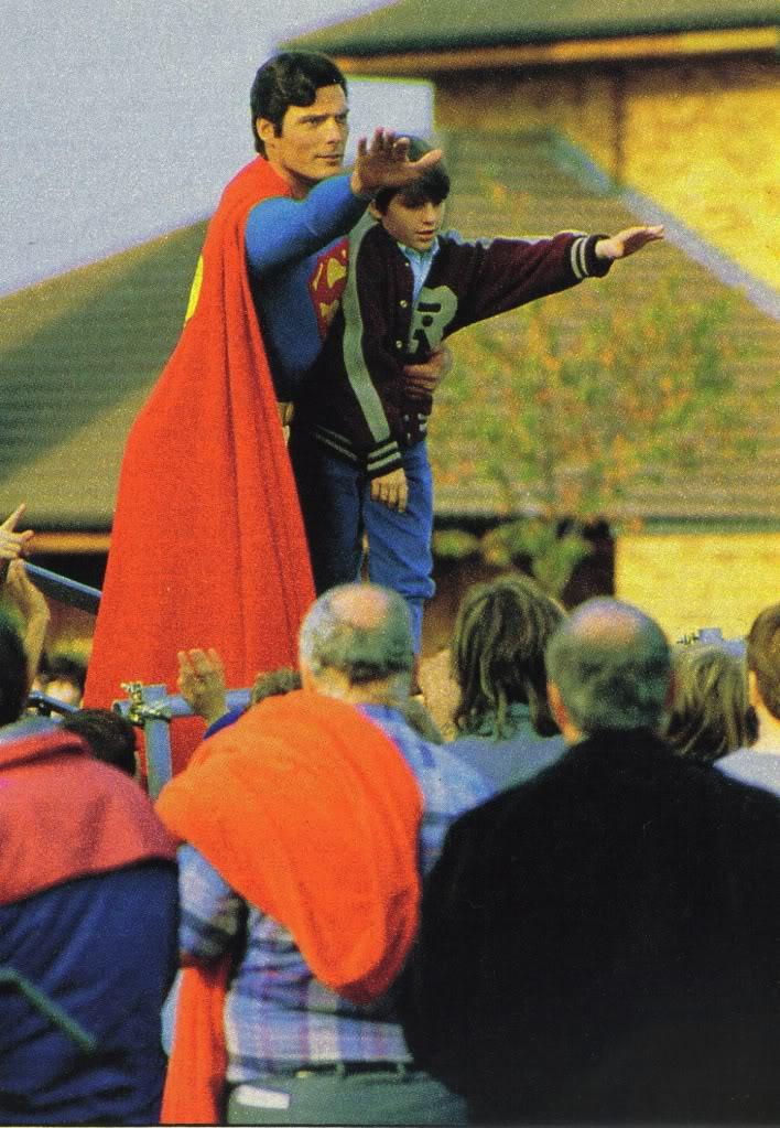 Superman - Page 8 Iv_loc10