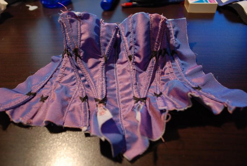 Ma couture new page 6 photo tenue Minerva terminer  - Page 5 Dsc_0528