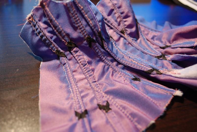 Ma couture new page 6 photo tenue Minerva terminer  - Page 5 Dsc_0529