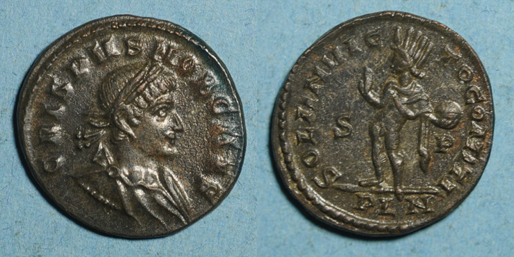 Ma collection de romaines - Page 4 Crispu13