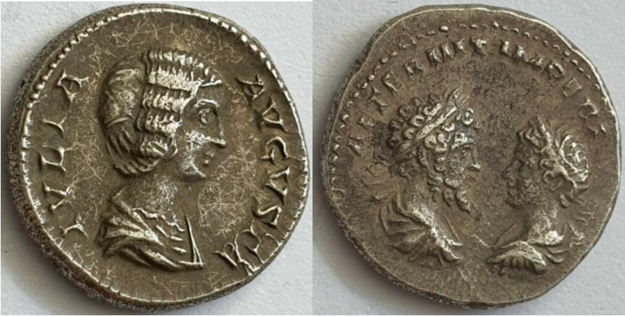 Ma collection de romaines - Page 16 Julia_13