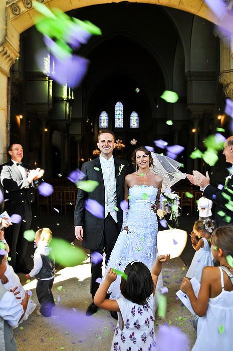 Vive les mariés !!  10083111