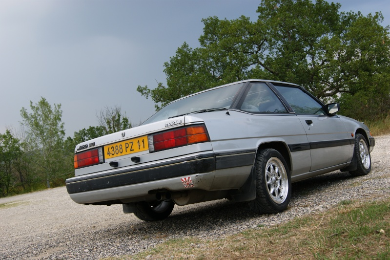 [MAZDA 929] mazda 929 coupe 1985 - Page 2 Dsc06821