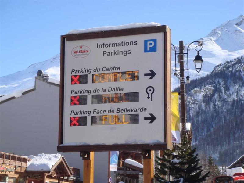 [Val d'Isère] Infos parkings! Dsc08329